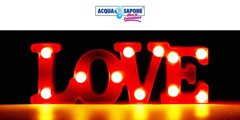 Giorno Sapone Omaggio Lampada Valentino In Di amp; San Love Acqua Il E75wq4x0xn